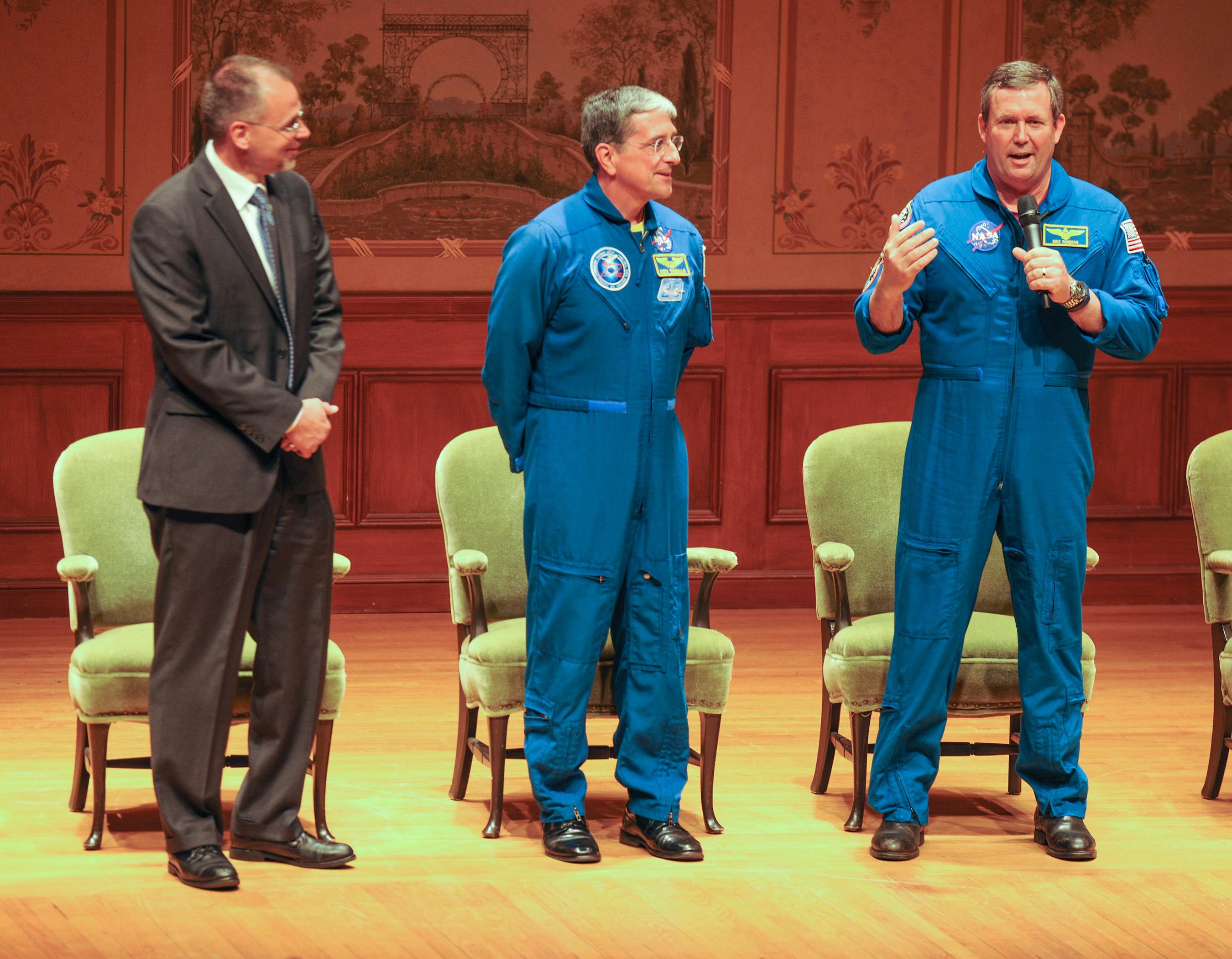 michael foreman astronaut - photo #19